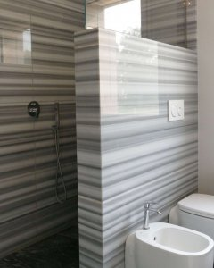 marmo Striato Olimpico rivesatimento bagno